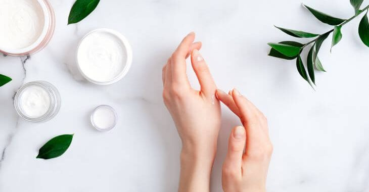 Cosmetic treatments for vainy hands.